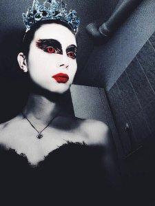 black_swan_by_sina_rose-d87iefl